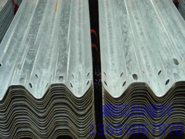 福州热镀锌高速护栏板